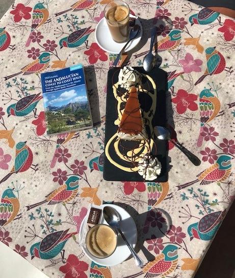 taart en cocerone acebuchal